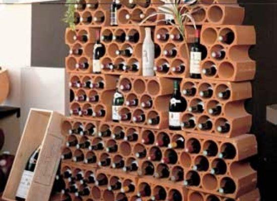 Keramický-stojan-na-víno-07
